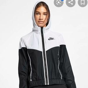 Jackets & Coats - Nike nsw windrunner fullzip jacket